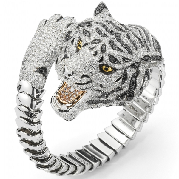 Bracelet 'Siberian Tiger' en ors et diamants.