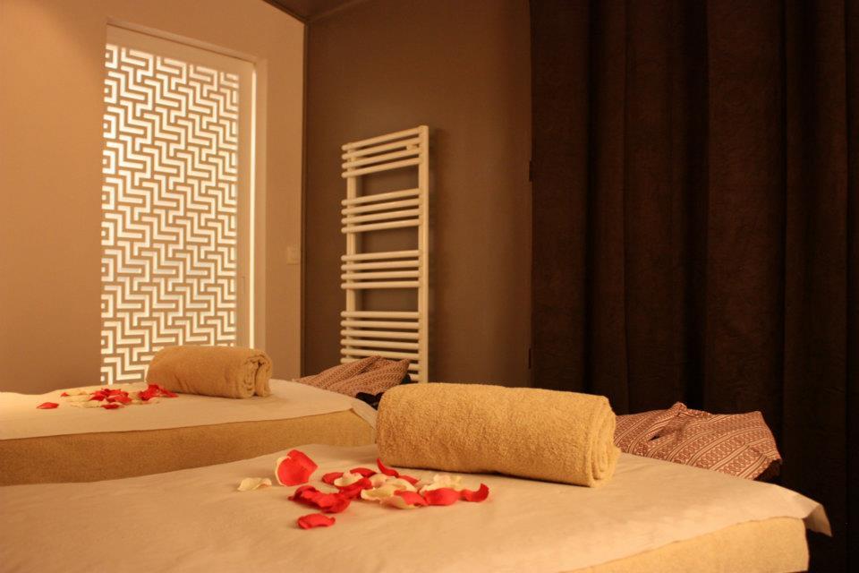 spa le meilleur du japon paris stiletto. Black Bedroom Furniture Sets. Home Design Ideas